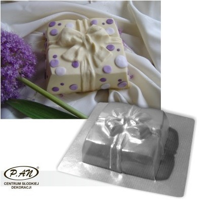 3-D plastic mould  GIFT 17cm  FT26