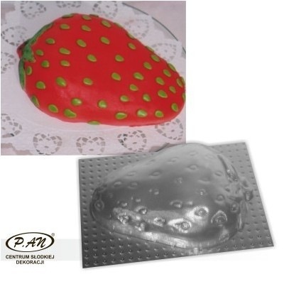 3-D plastic mould STRAWBERRY 20cm FT11